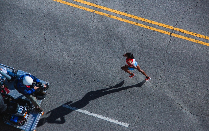 Planning on running a marthon? It pays to get the miles under the legs and the diet under control.