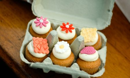 Mini cupcakes from A Slice of Heaven pictued at Savour Kilkenny in 2010. Photo: Ken McGuire