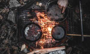 Out door pit fire cooking? Sure! Photo: pexels.com