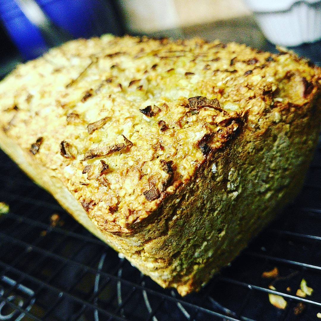 Oat & Yoghurt Bread with Toasted Onion Crust