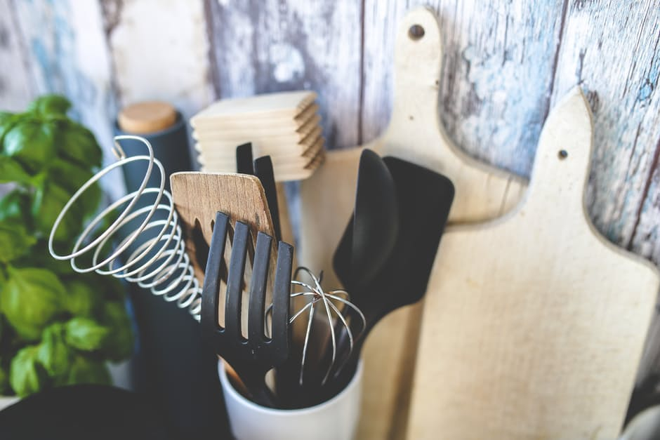 Need a spatula or sixteen in your life? Here's some Christmas gift ideas for the food lover in your life. Photo: pexels.com