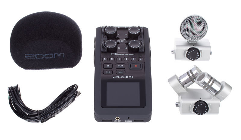 Podcasting on the move with the new Zoom H6